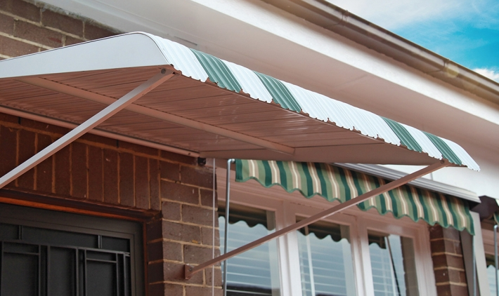 Fixed_steel_awning_1